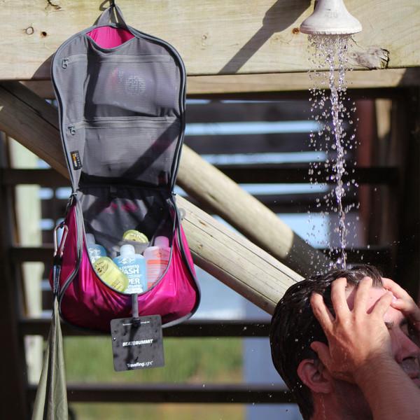 Sea to Summit Hanging Toiletry Bag bei Globetrotter Ausrüstung 5b26e08094a5f