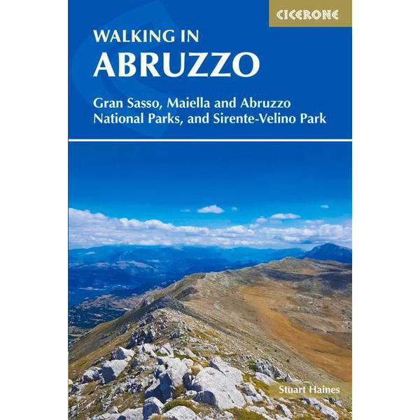 Walking in Abruzzo - Wanderführer