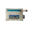 Patagonia SMALL ZIPPERED POUCH - Packbeutel - P-6 LOGO: BLEACHED STONE